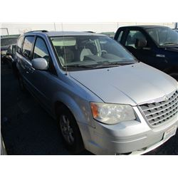 CHRYSLER  TOWN & COUNTRY 2008 T