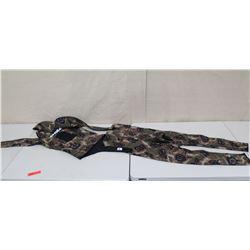 2 Piece Apnea Long Sleeve Wet Suit Size XS
