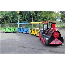 Oak Tree Village Trackless Train w/ 3 Carts, Diesel