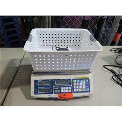 UWE Scale with Basket