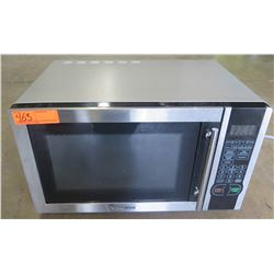 Microwave - Magic Chef Model: MCM1110ST 1.1 Cube counter top microwave oven.