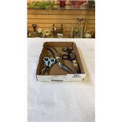 Tray of scissors