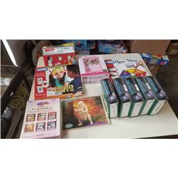 LOT OF TRAVEL GAMES AND PUZZLES