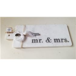 NEW MR & MRS STONE CUTTING BOARD WITH KNIFE
