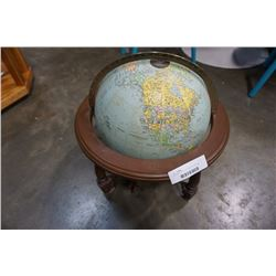 VINTAGE LIGHT UP GLOBE TESTED AND WORKING