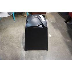 JBL SB300 PYRAMID SUB