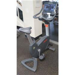 Life Fitness Life Cycle Upright Exercise Bike, Model 95C-06