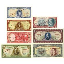 Banco Central de Chile. 1960-1976. Lot of 8 Specimen Notes.