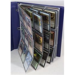 BINDER OF MAGIC THE GATHERING CARDS