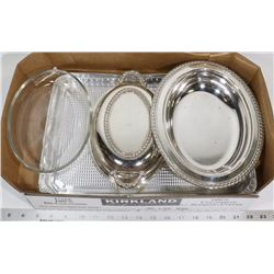 SILVERPLATE SERVING TRAY C/W OVENWARE INSERT