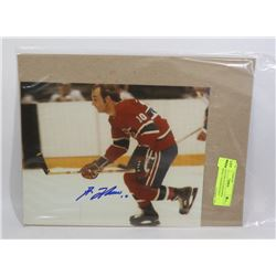 GUY LAFLUER AUTOGRAPHED MONTREAL CANADIENS 8X10