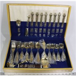LOT OF GOLD PLATED CUTLERY