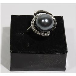 NEW WOMAN'S DESIGNER RING W/GREY CULTURED PEARL
