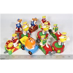 M & M'S 10 X CIRCUS TRAIN AND MORE FIGURES