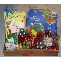 FLAT OF ASSORTED CHRISTMAS