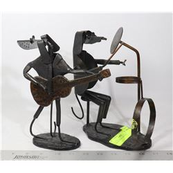 PAIR OF METAL ART DOGS