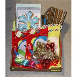 LARGE FLAT OF ASSORTED CHRISTMAS