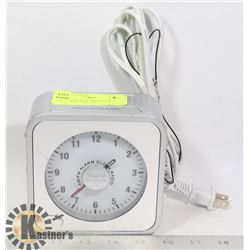 TIMEX AM/FM ALARM CLOCK RADIO- ELECTRIC OR