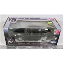 NEW IN BOX HIGHWAY 61 1:18 DIECAST
