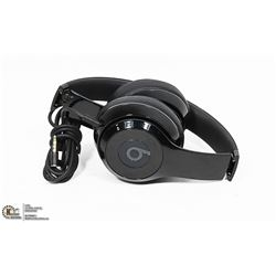 AUTHENTIC BEATS SOLO 3 SOUND ISOLATING HEADPHONES