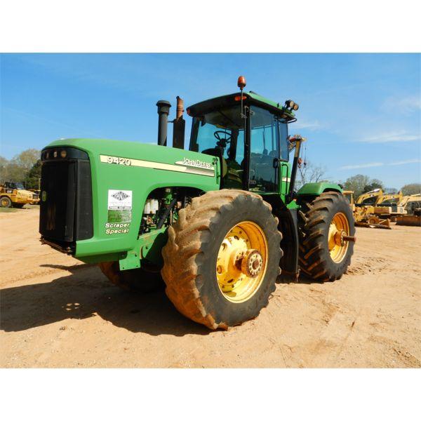 2006 JOHN DEERE 9420 Scraper Tractor