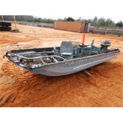 SPORTSMAN FIBERGLASS Boat