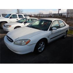 2000 FORD TAURUS Automobile