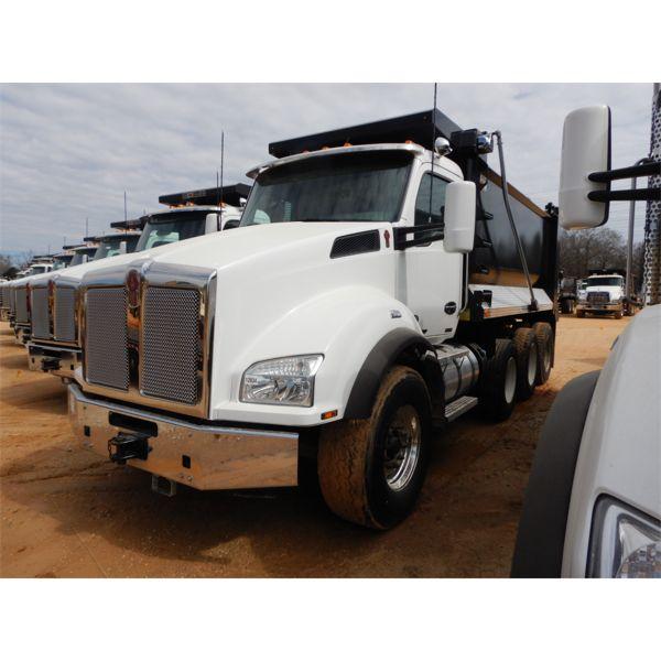 2019 KENWORTH T880 Dump Truck