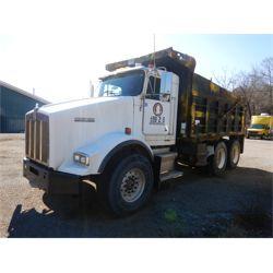 1999 KENWORTH T800 Dump Truck