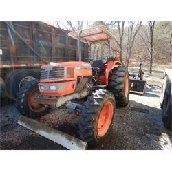 2003 KUBOTA M8200DT Farm Tractor