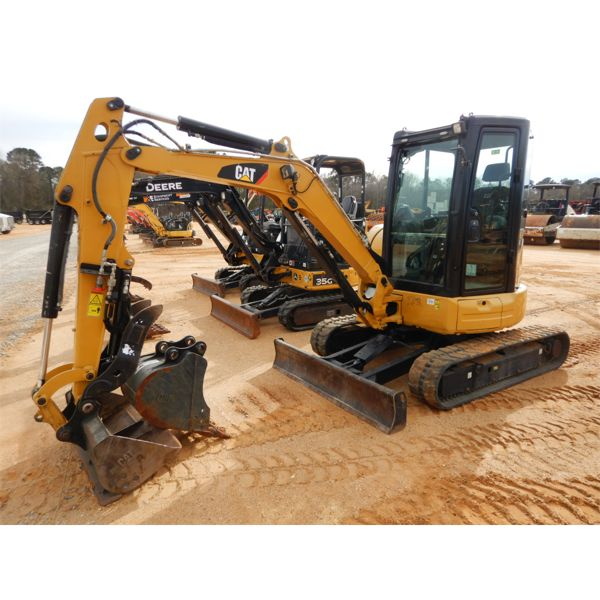 2016 CAT 303.5E2 Excavator - Mini