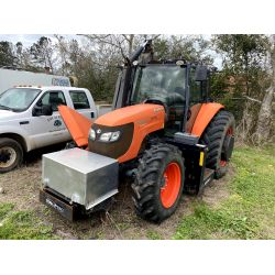 2014 KUBOTA M108S Farm Tractor