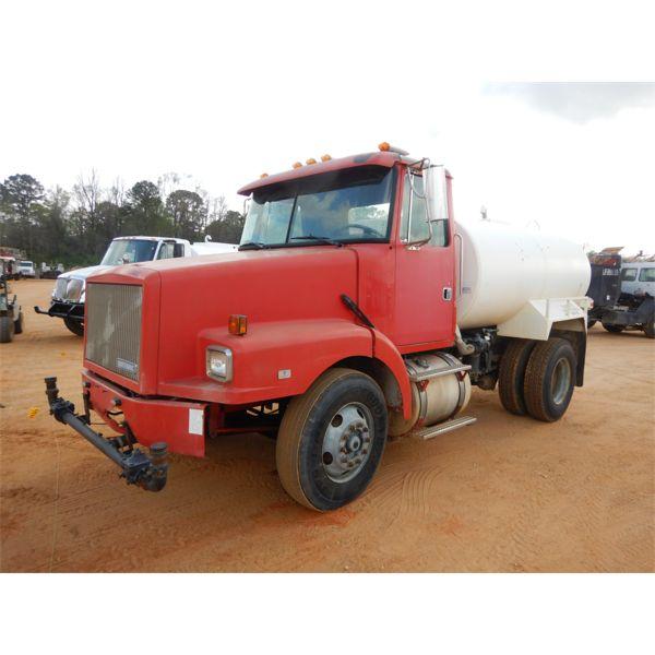 1995 WHITE GMC  Water Truck