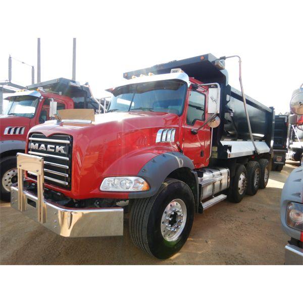 2014 MACK GU813 Dump Truck
