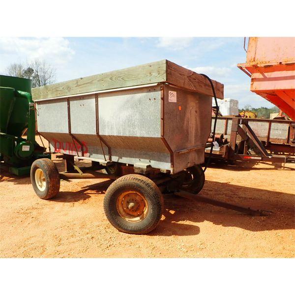 JOHN DEERE  10' X 5' dump wagon