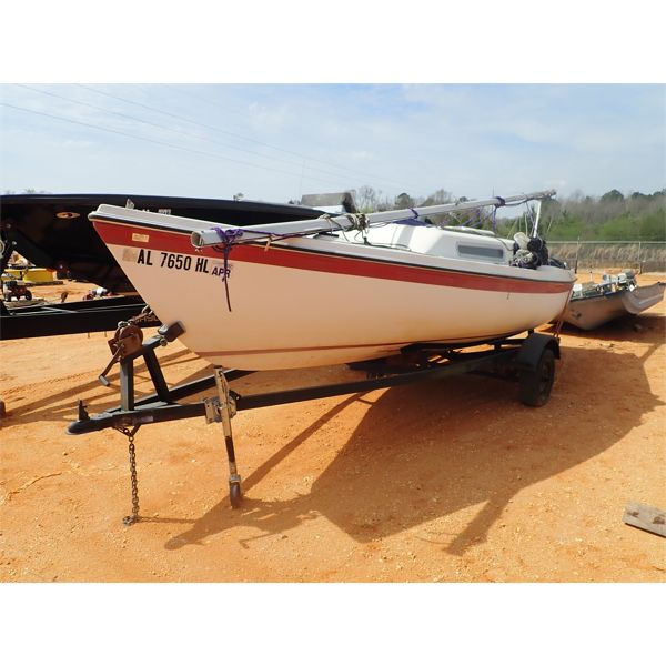 24' Sailboat w/trailer s/n MACB3357V78F