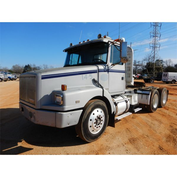 1995 VOLVO WG64T Day Cab Truck