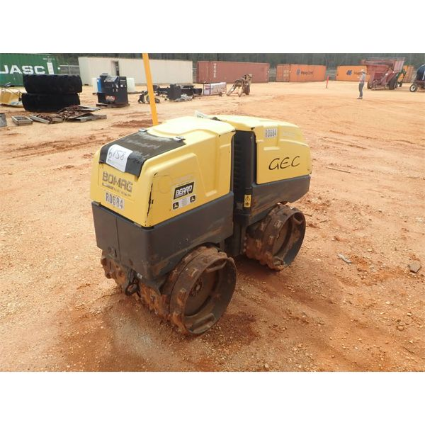"""BOMAG BMP 8500 compactable, 33"""" sheepfoot drums, remote control"""