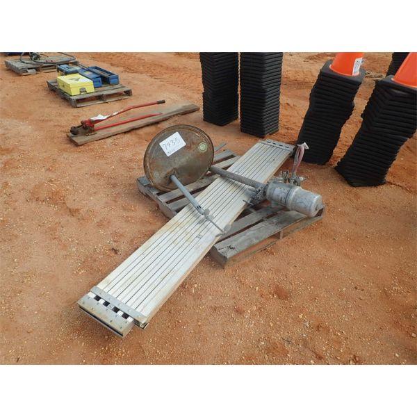 aluminum expandable peg board w/mixer & pump