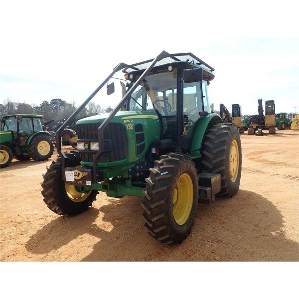 2011 JOHN DEERE 6100D Farm Tractor