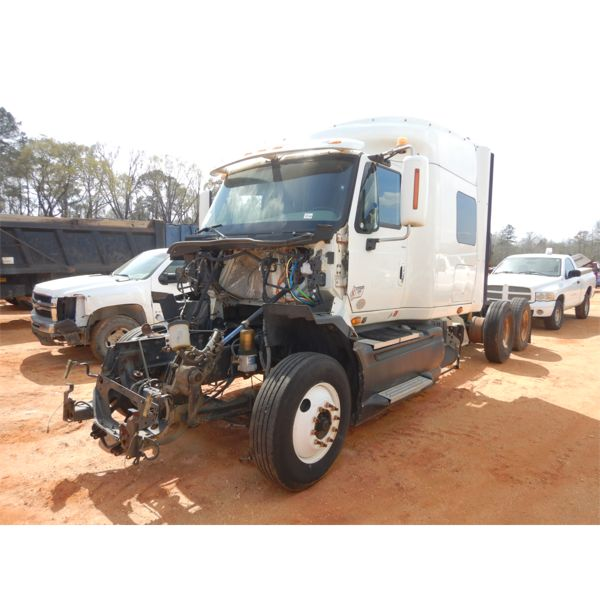 2010 INTERNATIONAL PROSTAR Sleeper Truck
