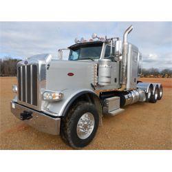 2015 PETERBILT 389 Sleeper Truck