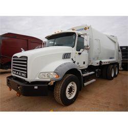 2014 MACK GU813 Garbage / Sanitation Truck