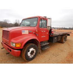 1999 INTERNATIONAL 4700 Rollback Truck