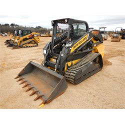 2015 NEW HOLLAND C238 Skid Steer Loader - Crawler