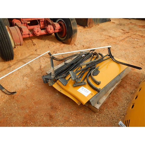 (1) pallet misc panel & metal rods