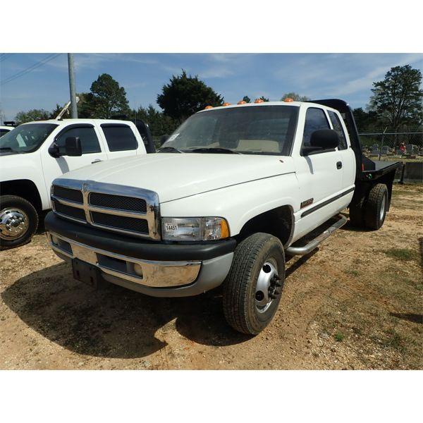 1999 DODGE RAM 3500 Flatbed Truck