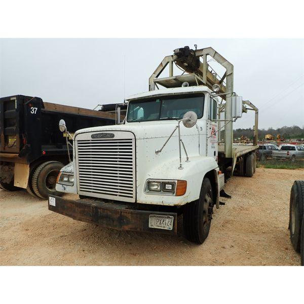 1995 FREIGHTLINER  Boom / Crane Truck