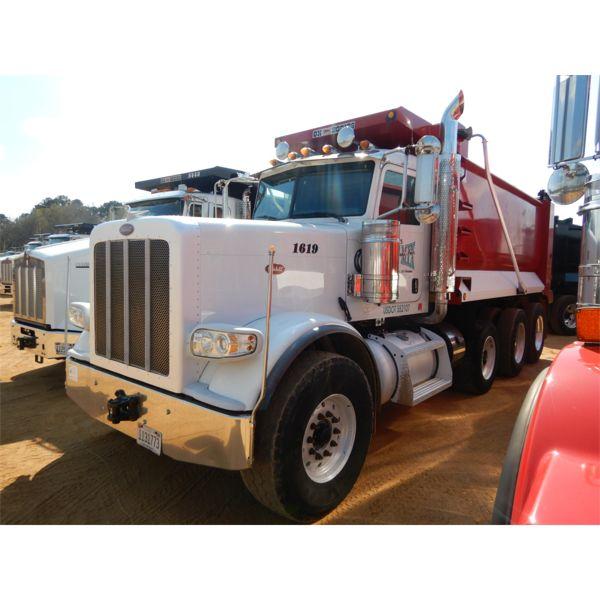 2018 PETERBILT 388 Dump Truck