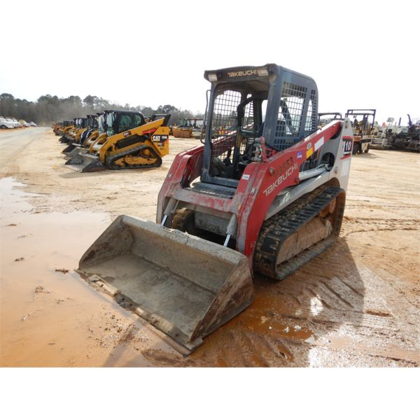 2012 TAKEUCHI TL10 Skid Steer Loader - Crawler